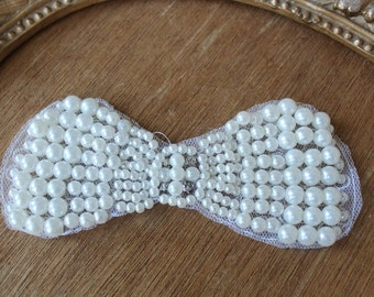 Cute embroidered  beaded  bow  applique  with rhinestones white   color  1 pieces listing