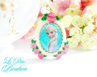 Queen Elsa necklace