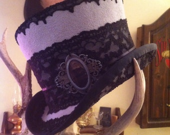 Dove and lace Top Hat