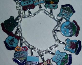 Britian travel souvenir shields bracelet