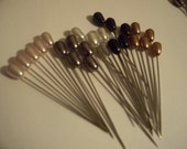 25 Metallic Floral Pins