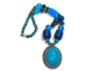 Teal blue Chunky Pendant Necklace