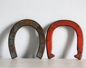 vintage horseshoes / blue, red rustic home decor - wretchedshekels