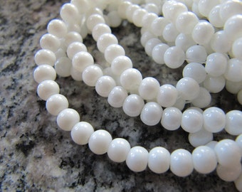 Painted GLASS Beads in Ivory White, 4mm Round, 100 Beads