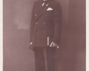 Young Man in Suit - Vernacular, Found Photo,  Vintage Photograph (ZZ)