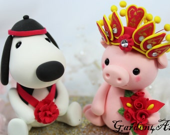 Custom wedding cake topper - Love dog & piggy couple with circle clear base - Chinese Zodiac