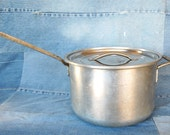 Very Large Vintage Wear-Ever 8 Quart Professional Cookware Heavy Aluminum Stock Pot Model number 1788 with Orphan Lid