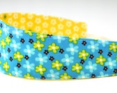 Reversible Headband- Children Toddler in Timeless Treasures Fabric Ditsy Daisies Flowers on Blue Yellow