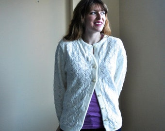 White 70s Cardigan - Cuddle Knit Vintage Sweater - White Medium Cardigan