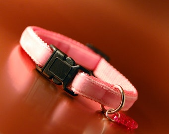 Pink Breakaway Cat Collar with fish charm