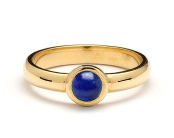 Solitaire Yellow Gold Cabochon Sapphire Engagement Ring