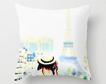 Sightseer in Paris Watercolor Print Pillow Cover. Paris Tourist, Paris art, Paris Watercolor. Pretty Paris watercolor painting pillow.