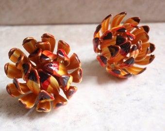 Yellow Flower Earrings Chrysanthemum Zinnia Bright Bud Enamel Clip On Vintage E0010