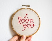 Cross stitch in wooden hoop I love you in red color - h004