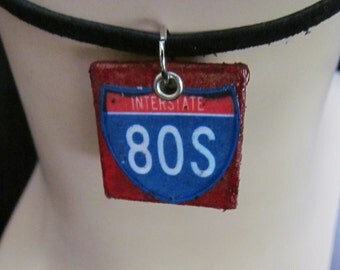 80's Mixed Media Necklace Pendant Q 86