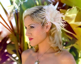 Feather Fascinator, Bridal Headpiece, Wedding Fascinator, Feather Fascinator, Ivory and Blush