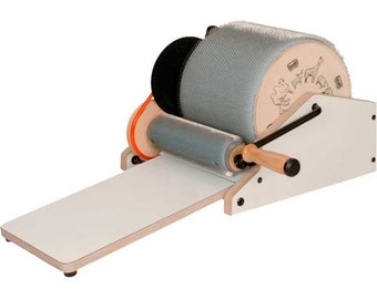 Louet Elite Drum Carder Plus 1 Pound Of Great Wool