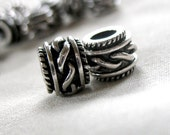 Silver with Black Antiquing Rope Pattern large hole beads, 9mm wide x 7mm, hole diameter 5mm, package of 10