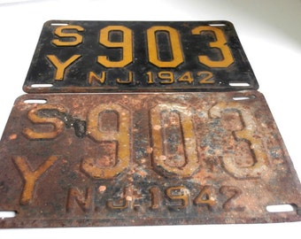 1942 New Jersey NJ License Plates Matching Pair
