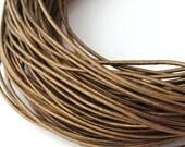 LRD0105052) 1 meter of 0.5mm Kansa Metallic Round Leather Cord