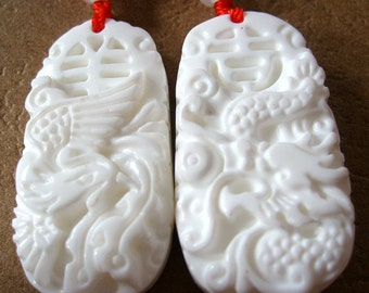 Pair Of Tribacna Shell Auspicious Word Dragon And Phoenix Love Amulet Charm Pendant 35mm x 20mm  T0231