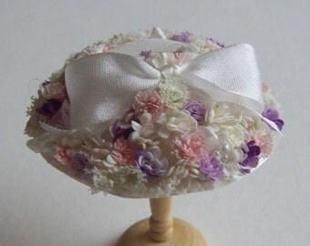 A beautiful 1/12 dollshouse handmade miniature ivory silk hat