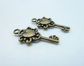 20pcs 12x26mm Antique Bronze Mini Filigree Heart Key Charm Pendant c1485