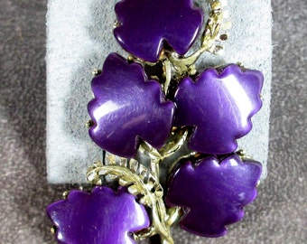 Vintage Purple Fern Thermoset Brooch/ Pin