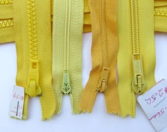 Yellow Lot 45 zippers assorted lengths
