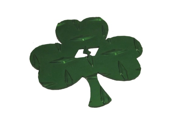 Green Shamrock Shaped Diamond Plate Metal Snowboard Stomp Pad--FREE SHIPPING--