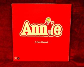 ANNIE - Original Broadway Recording - 1977 Vintage Vinyl Gatefold Record Album