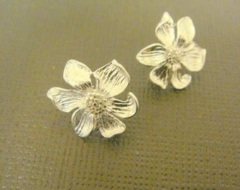 Matte Silver Tarnish Resistant Sunflower Leaf Sterling Silver Earrings Findings posts, 2 pc, B21935