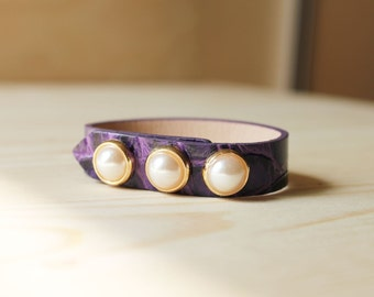Three Pearl Croco Pattern Leather Bracelet(Violet)