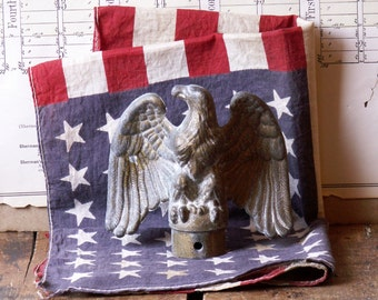 Vintage Brass Eagle Flag Pole Topper - Patriotic Decor