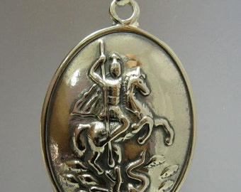 PE000785 Sterling silver pendant solid 925 Saint George