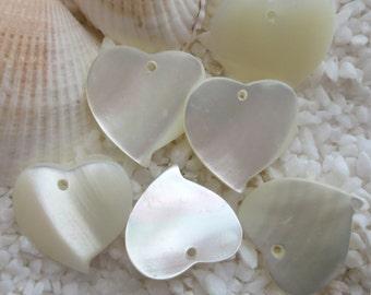 Mother of Pearl Heart Pendants - 15mm - 6 pcs