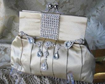 purses, bridal clutches, bride bridesmaid, formal wedding, bridal hand bag swarovski crystal  bridal purse, wedding clutch, bridal handbag