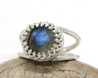 SALE - sterling silver ring,labradorite ring,sterling silver jewelry,silver gemstone ring,gray ring,delicate ring,bling rin