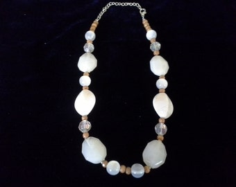 Cream and tan beaded necklace