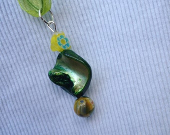 Green, necklace, pendant, stone, bead, dainty, earthy, flower, summer, bright, boho, simple, minimalist, OOAK- Garden Greens