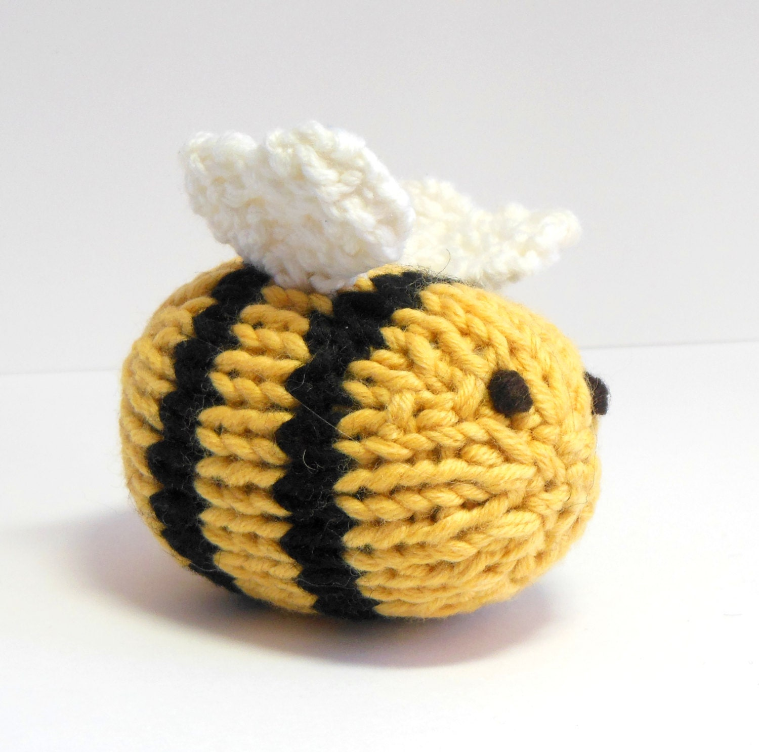 Bumble Bee Knitting Pattern : Stuffed Toy Stuffed Bee Bumble Bee Knit Toy Bee Bee