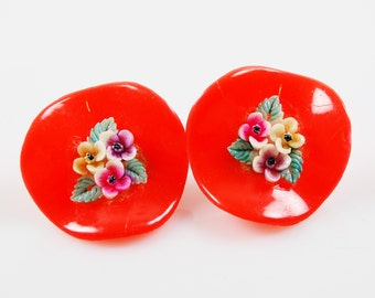 Vintage Lucite Floral Clip On Earrings