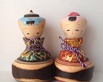 """ON SALE ! Vintage pair of small Kokeshi """"Kinchaku"""""""