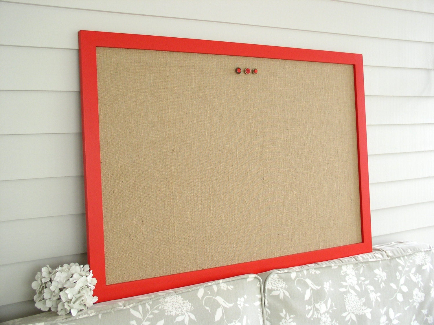 modern burlap bulletin board red and tan magnetic memo board. Black Bedroom Furniture Sets. Home Design Ideas