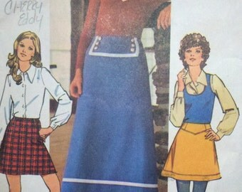 1970s Vintage Womens Sewing Pattern Ankle Length or Mini Skirt Simplicity 5202 Waist 26.5""