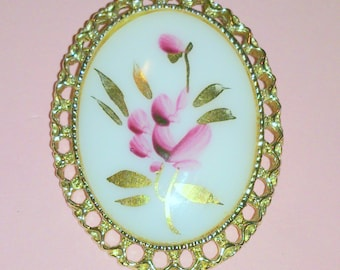 Vintage Hand Painted Pink Flower Glass Cabochon Brooch