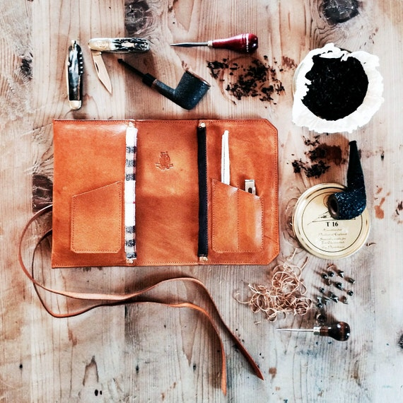 Signature Pipe & Tobacco Pouch