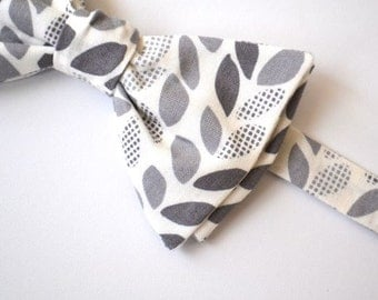 Self Tie Bowtie-  Gray Leaves