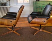 HOLD FOR ELISSA Leather Lounge Swivel Chairs by George Mulhauser for Plycraft - Pair