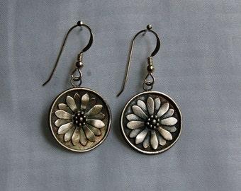 Daisy Silver Earrings